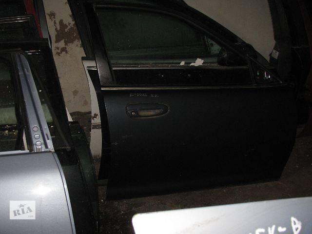 купить бу Двери передние правые для Mazda Xedos 1997 в Львове
