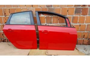 б/у Дверь передняя Opel Astra J