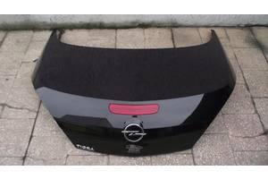 б/у Крышка багажника Opel Tigra