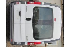 б/у Двери задние Nissan Primastar груз.