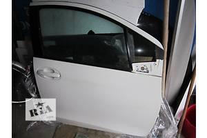 Двери передние Toyota Yaris
