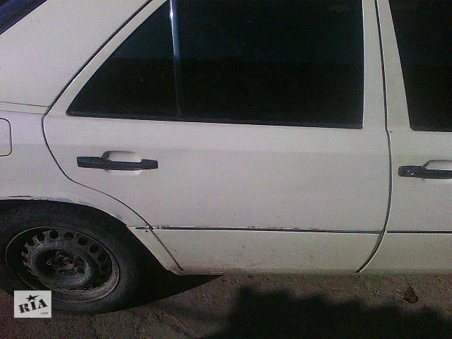 продам Двери/багажник и компоненты Дверь задняя Легковой Mercedes 124 бу в Жидачове