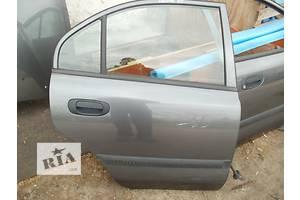 Дверь задняя Mitsubishi Carisma