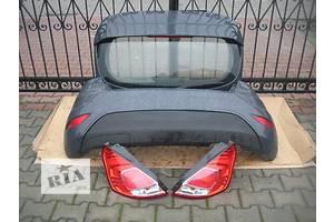 Крышка багажника Ford Fiesta