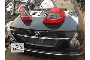 Крыло заднее Mercedes 211