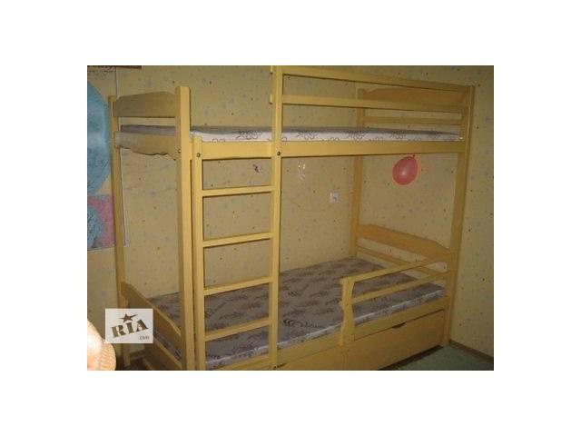 продам Двухэтажная деревянная кровать -цена за комплект. бу в Киеве