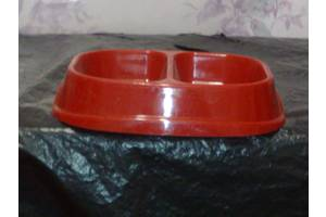 Посуд для тварин