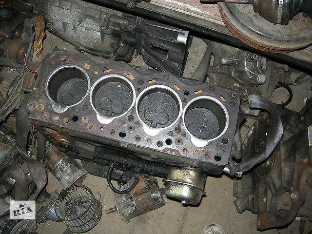 бу  Двигатель для грузовика Renault Trafic 1996 в Киеве
