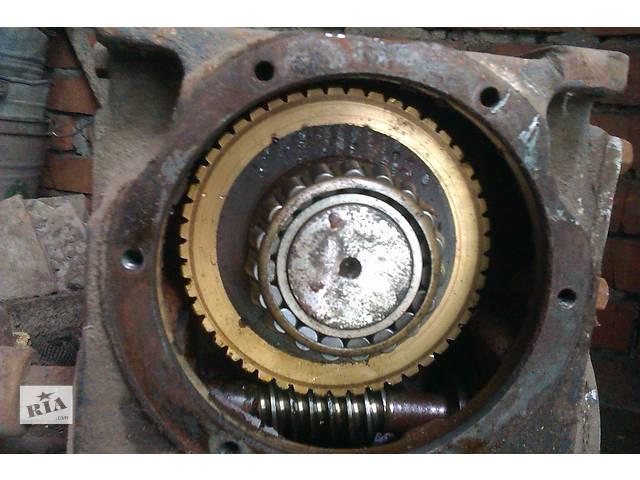продам Двигатель лифта с редуктором бу  в Украине