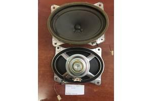 б/у Радио и аудиооборудование/динамики Toyota Camry