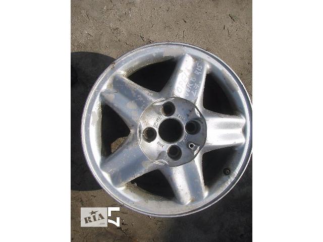 купить бу диск литой для Opel Vectra B 1997 R15 в Львове