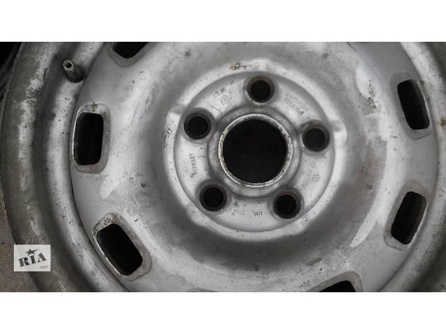 купить бу Диск металлический R 15 Volkswagen Caravella Фольсваген Т 4 (Транспортер, Каравелла) в Ровно