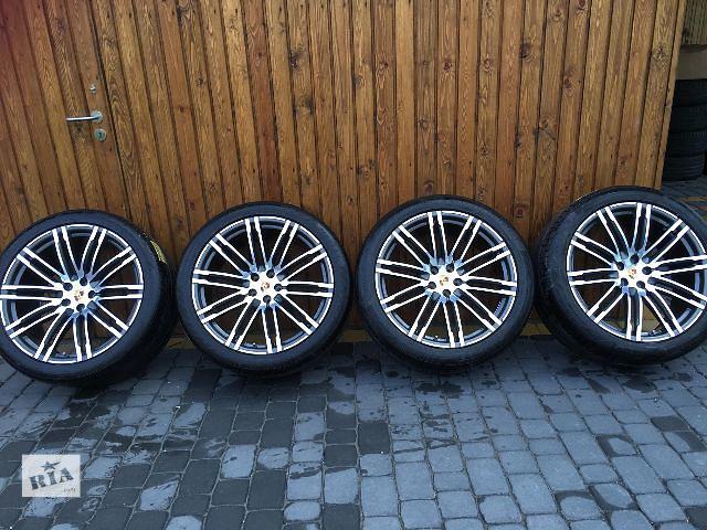 купить бу  диск с шиной для легкового авто Porsche Macan TURBO R21  в Ужгороде