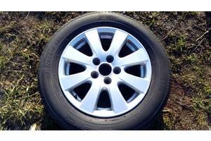 Диск с шиной Toyota Camry