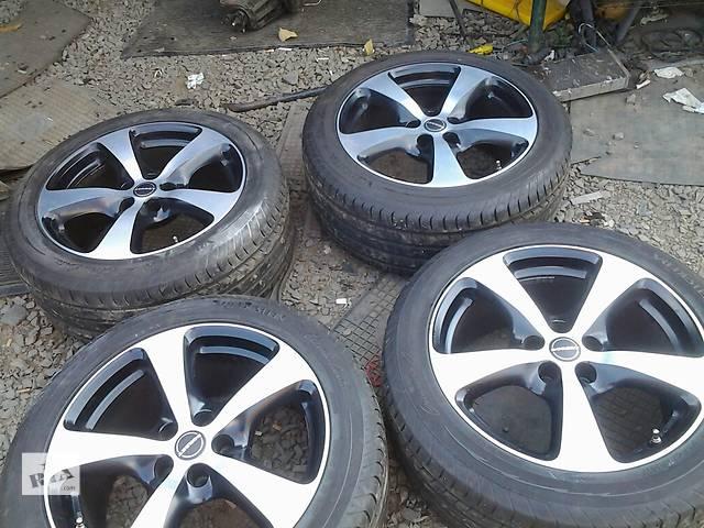 продам  Диски 18 с шиной для легкового авто Toyota Rav 4 бу в Ужгороде