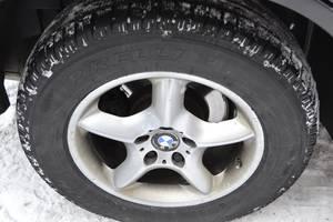 Диск з шиною BMW X5