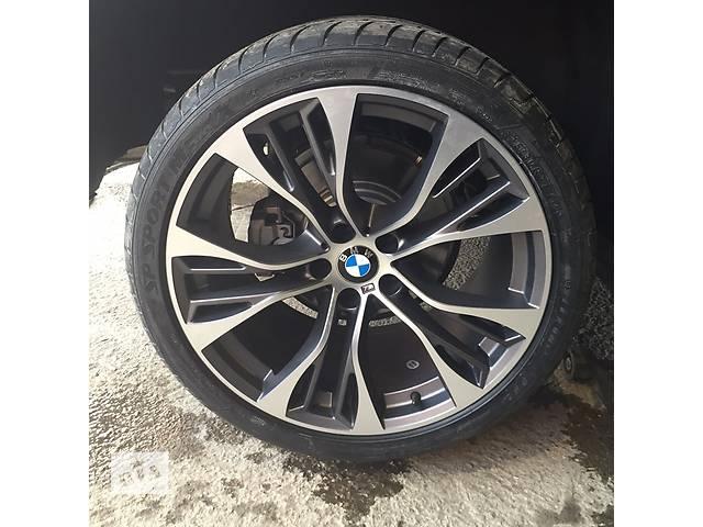 купить бу Диски колеса 21 R21 BMW X5, X6 E70 E71 F15 F16 styling стиль 599, 285/35/21 325/30/21. 6859423, 6859424 в Луцке