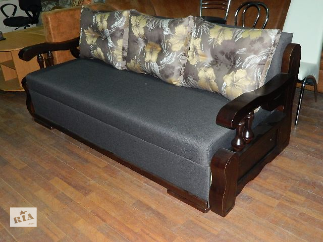 """купить бу Классический диван, обеспечивающий уют и комфорт.   Строгий, сдержанный и стильный диван """"Винсент"""" займет     до в Ровно"""