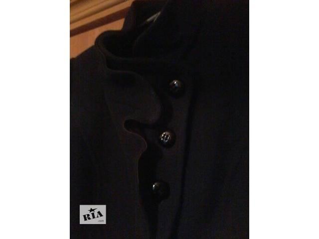 бу Элегантное пальто в Покровске (Красноармейске)