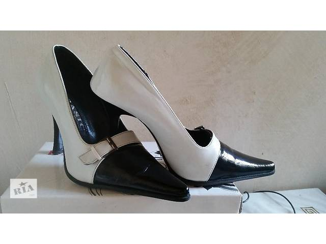 бу Элегантные туфли в Николаеве