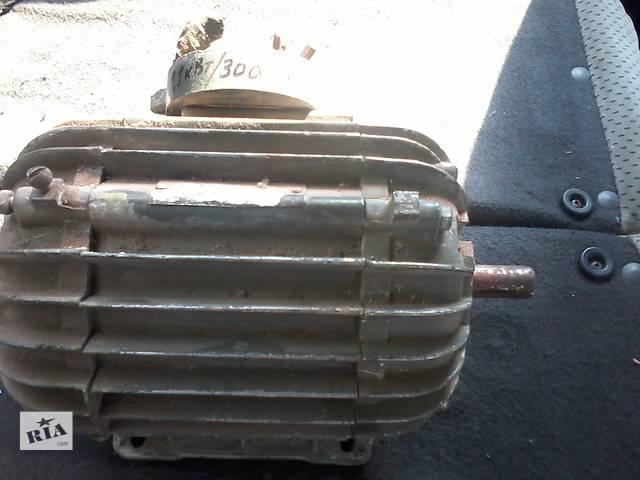 купить бу Электро двигатель 1,1кв 300об в Чернигове