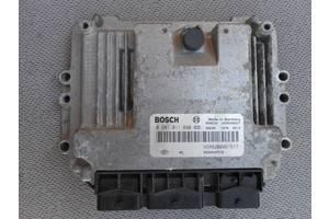 б/у Блоки управления двигателем Renault Trafic