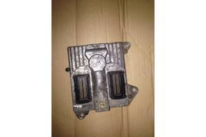 Блоки управления двигателем Opel Zafira