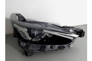 б/у Фара Mazda CX-3