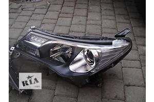 Фара Toyota Rav 4