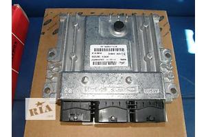 б/у Блоки управления двигателем Ford Kuga
