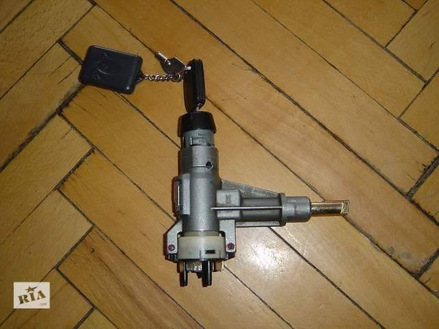 продам Электрооборудование двигателя Замок зажигания/контактная группа Легковой Audi 80 90 B3/B4 Germany... бу в Житомире