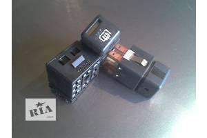Блоки кнопок в торпеду Opel Vectra A