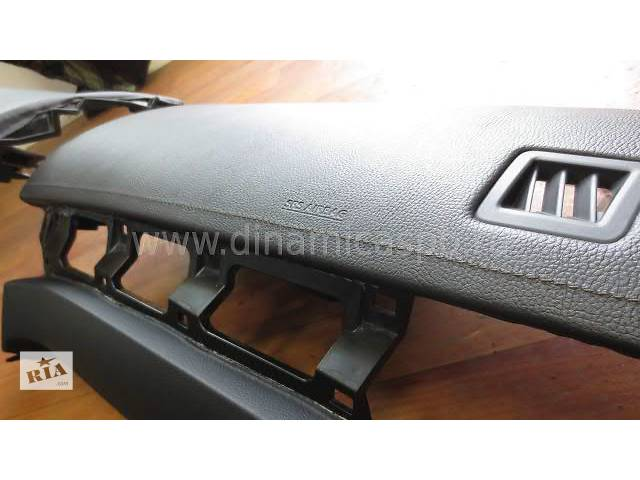 купить бу Электрооборудование кузова Блок управления AirBag Легковой Toyota Camry Седан 2012 в Киеве