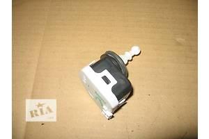 Электрокорректор фар Opel Vectra C