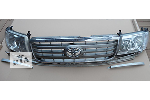 б/у Фары Toyota Land Cruiser