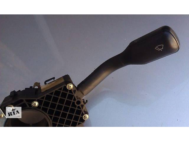 купить бу Электрооборудование кузова Подрулевой переключатель Легковой Audi A6 1996 в Костополе