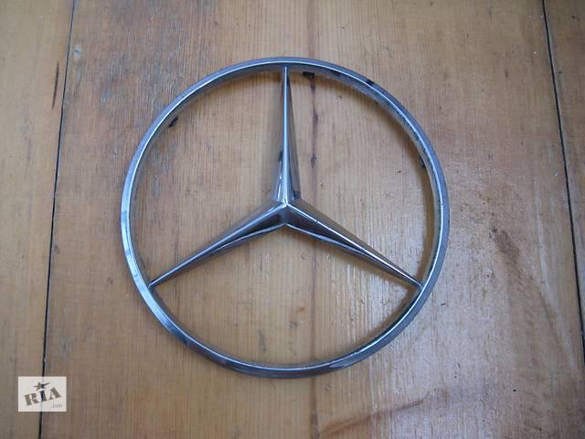 купить бу  Емблема 1244010103 на ковпак 145мм для Mercedes в Львове