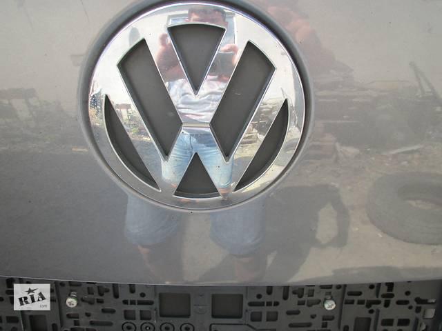 купить бу Эмблема Volkswagen Touareg Фольксваген Туарег 2003-2009г. в Ровно