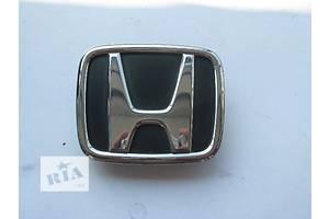 Емблема Honda Civic Hatchback