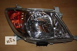 б/у Фары Toyota Hilux