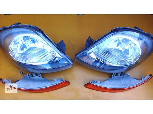 продам Фара фари правая левая, права ліва Opel Vivaro Опель Виваро бу в Ровно