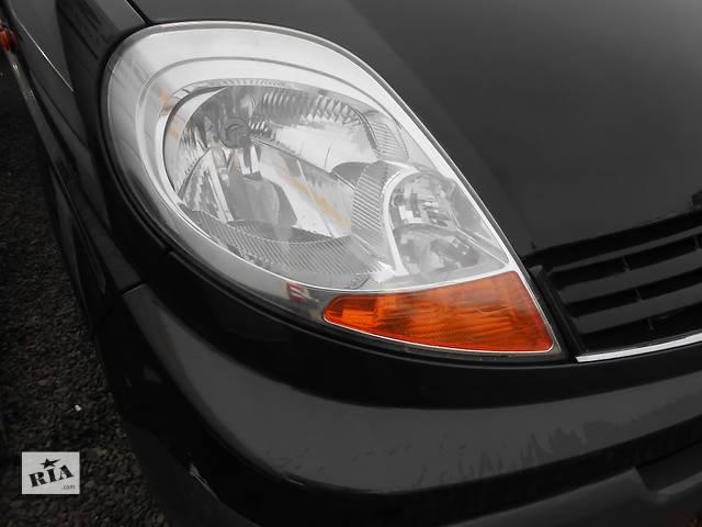 купить бу Фара фари правая левая, права ліва Renault Trafic Рено Трафик Opel Vivaro Опель Виваро Nissan в Ровно