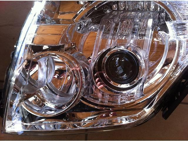 купить бу Фара левая Mitsubishi pajero wagon 4 8301A893 8301B531 8301A349 8301A891 8301A915 8301B329 в Луцке