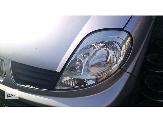 купить бу  Фара на Рено Трафик Renault Trafic Опель Виваро в Ровно
