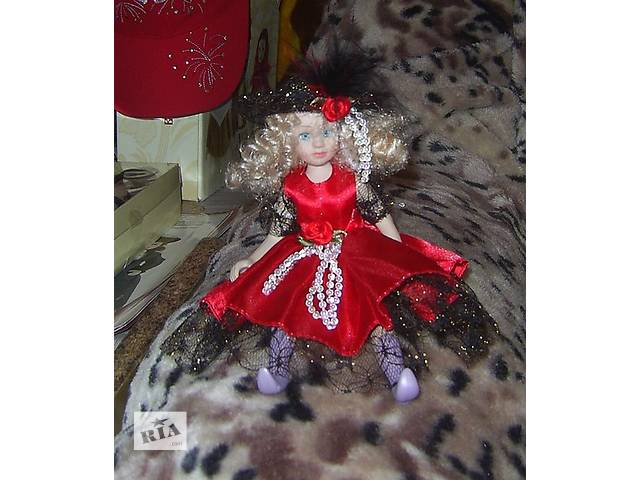 продам Фарфоровая куколка с акриловыми глазками бу в Каменском (Днепродзержинске)