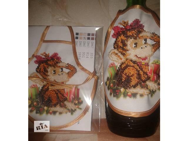 купить бу Фартук на бутылку 2016 обезьянка биссер Новогоднее оформление бутылки  в Киеве