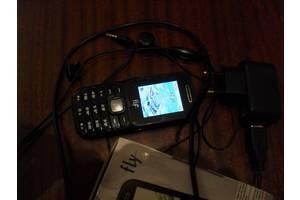 б/у Мобильные на две СИМ-карты Fly