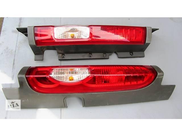 продам Фонарь стоп правый, левый правий лівий Opel Vivaro Опель Виваро Renault Trafic Рено Трафик Nissan бу в Ровно
