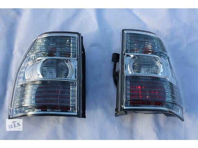 бу Фонарь стоп правый R Mitsubishi Pajero Wagon 4 8330A296 8330A354 в Луцке