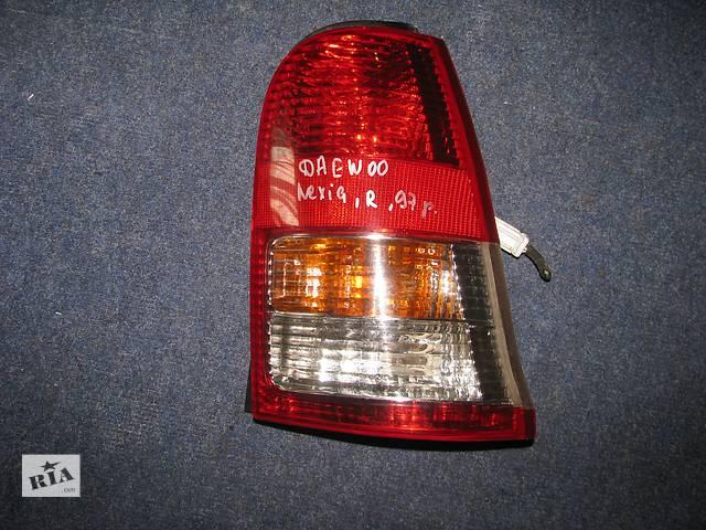 купить бу фонарь задний для хэтчбека Daewoo Nexia 1997 в Львове
